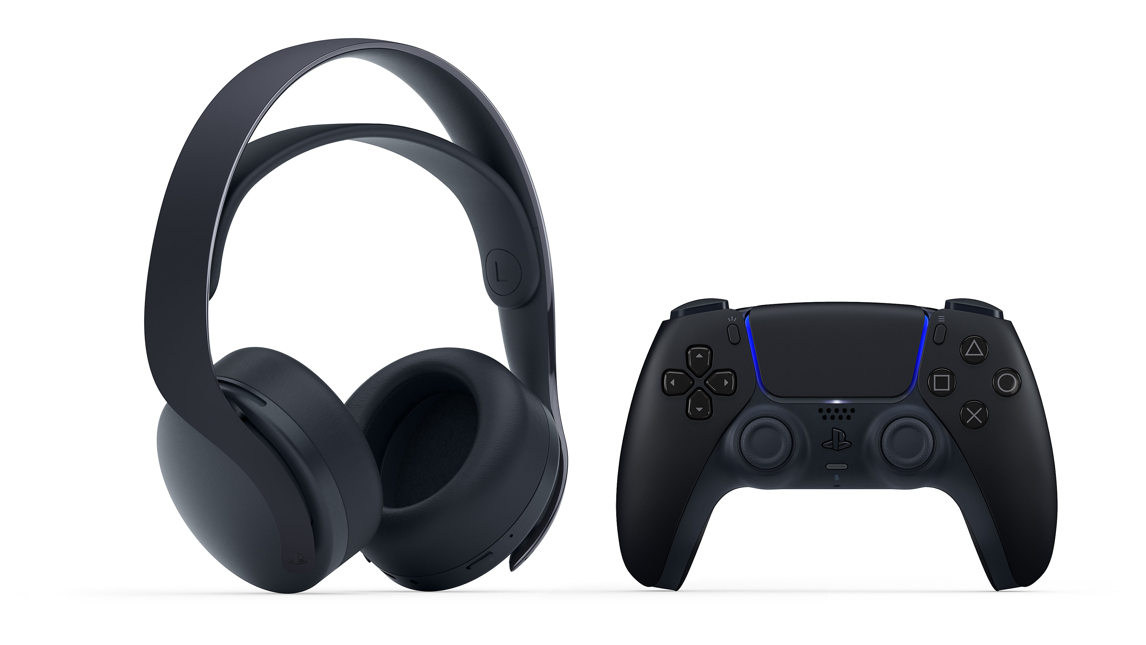 Midnight black headset and controller